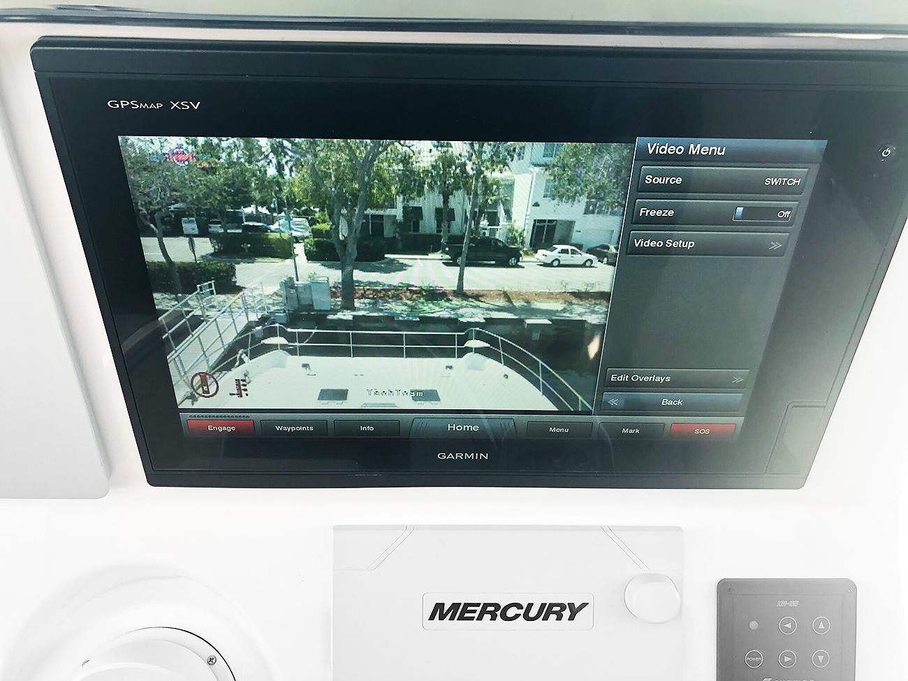 52 PowerCat Yacht Cam Standard Install