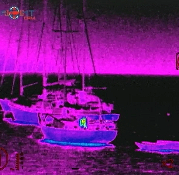 YachtVisions YachtCam Screen 44